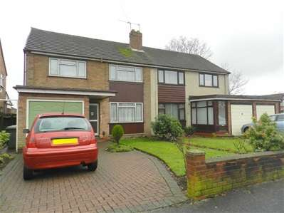 4 Bedrooms Semi Detached House for sale in Glamis Road, Willenhall
