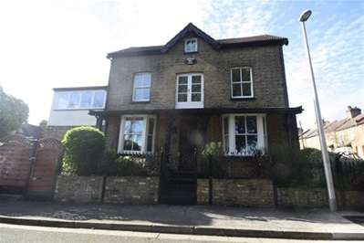 4 Bedrooms End Of Terrace House for sale in Landscape Road, Woodford Green