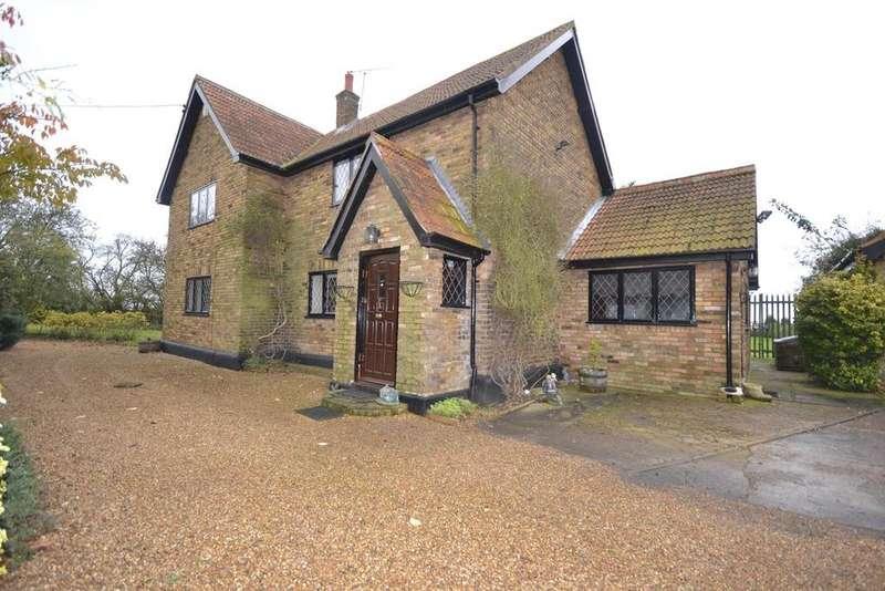 4 Bedrooms Detached House for sale in Fen Lane, North Ockendon, Upminster, Essex, RM14