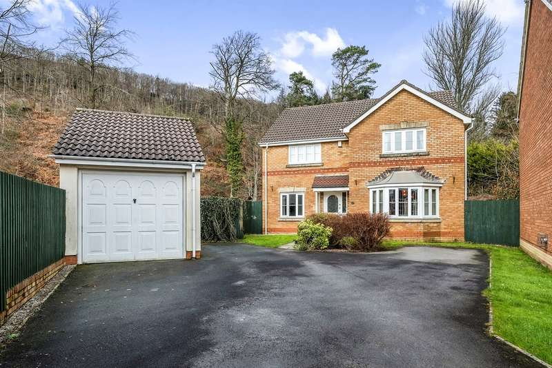 4 Bedrooms Detached House for sale in Parc Penscynnor, Cilfrew, Neath