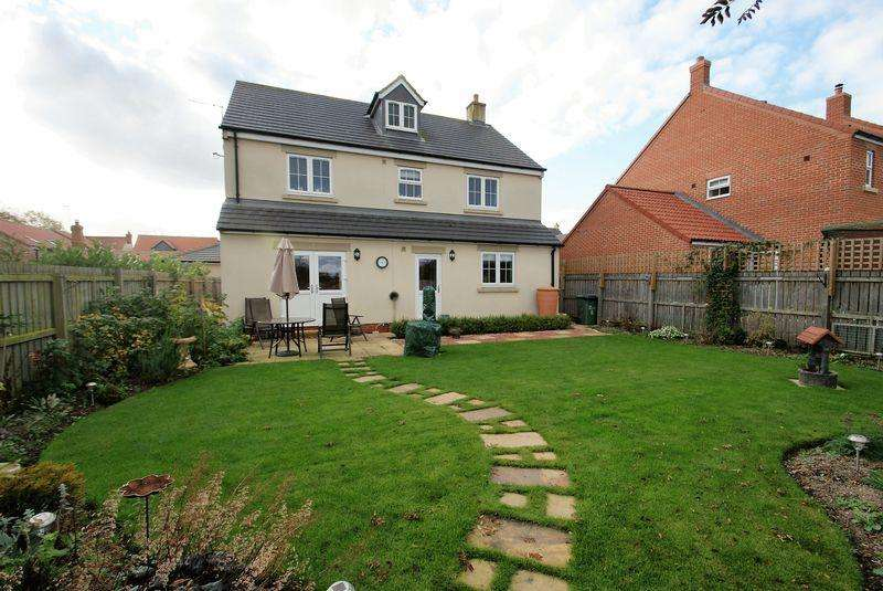 6 Bedrooms Detached House for sale in Honey Pot Close, Stockton-On-Tees