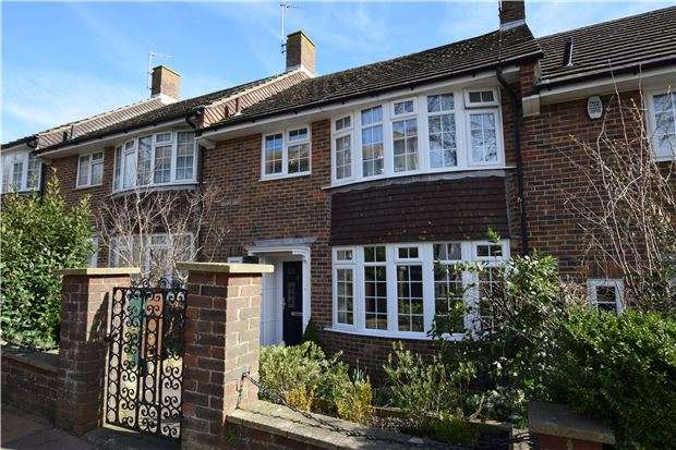 3 Bedrooms Terraced House for sale in Enys Road, EASTBOURNE, East Sussex, BN21 2DF