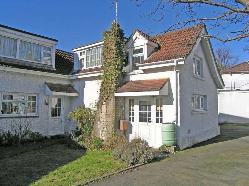 2 Bedrooms Retirement Property for sale in Swains Road, Bembridge, Isle of Wight, PO35 5XQ