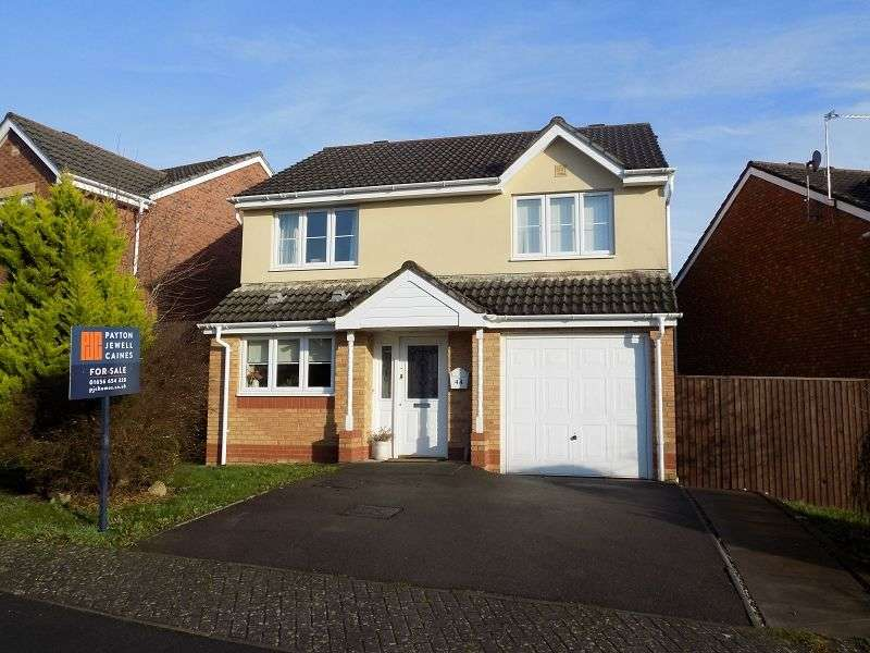 4 Bedrooms Detached House for sale in Bryn Henfaes , Broadlands, Bridgend. CF31 5EW