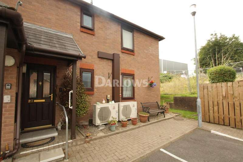 2 Bedrooms Flat for sale in Anuerin Bevan Close, Pontypool
