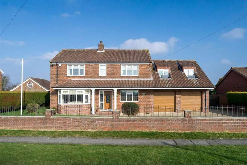 4 Bedrooms Detached House for sale in Station Road, Patrington, East Riding of Yorkshire