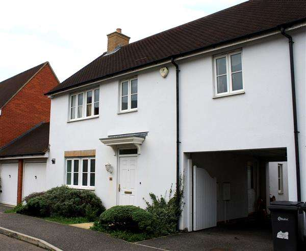 4 Bedrooms Link Detached House for sale in Albemarle Link, Beaulieu Park, Chelmsford