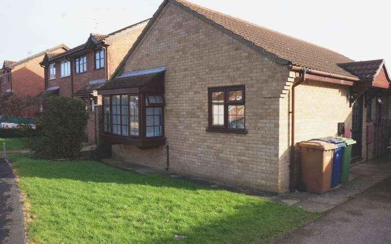 2 Bedrooms Bungalow for sale in Chaplins Close, Coates, PE7
