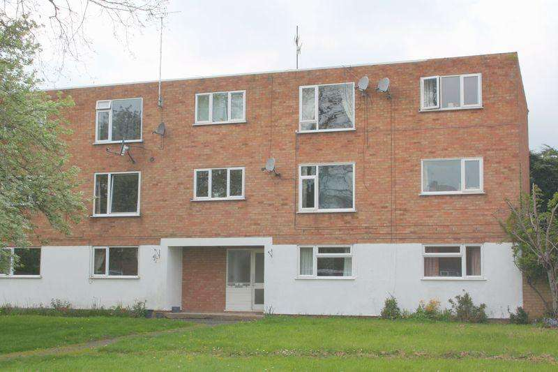 2 Bedrooms Apartment Flat for sale in Farleigh Road, Pershore