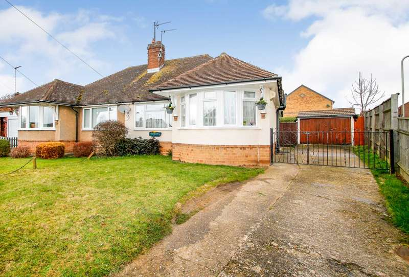 2 Bedrooms Semi Detached Bungalow for sale in George Street, Clapham