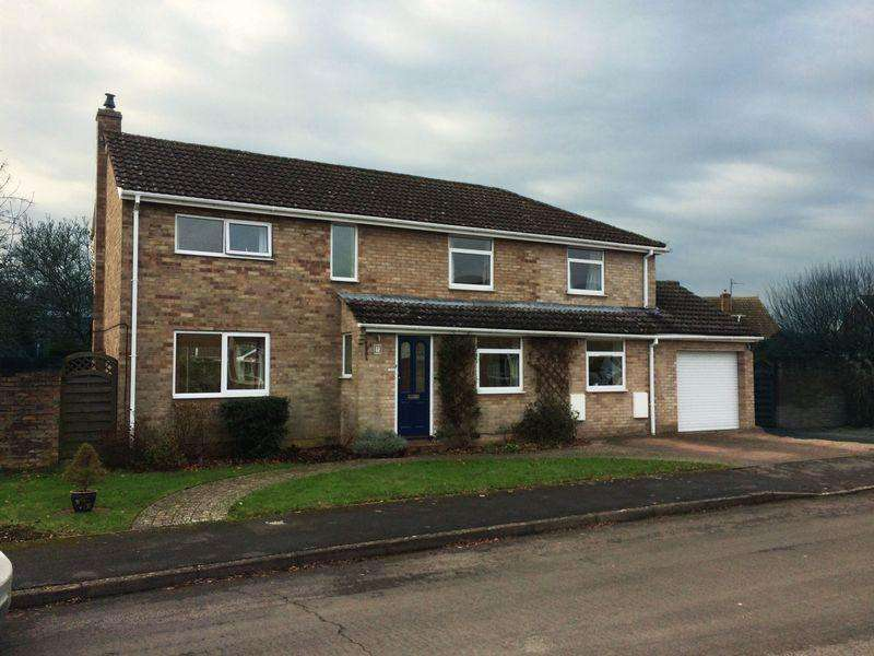 5 Bedrooms House for sale in Little Howe Close, Radley