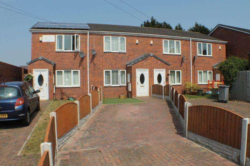 3 Bedrooms Terraced House for sale in Chesnut Grove, Tranmere