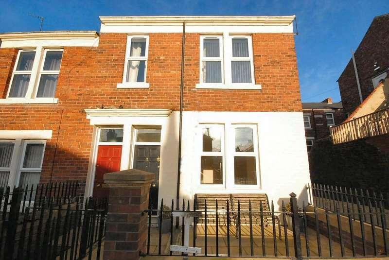 2 Bedrooms Flat for sale in Watt Street, Gateshead