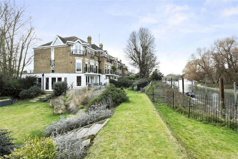 5 Bedrooms End Of Terrace House for sale in The Moorings, Willoughby Road, Twickenham, TW1