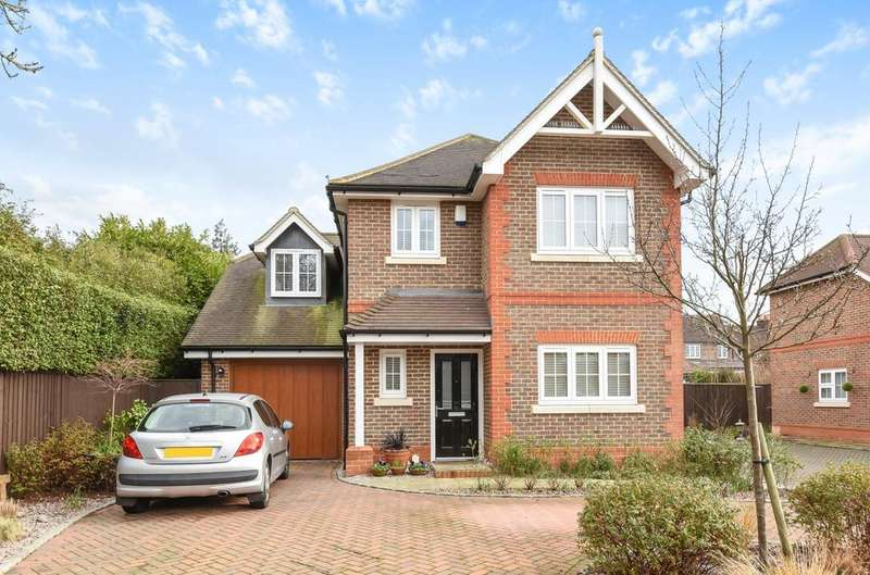 4 Bedrooms Detached House for sale in The Hollies, Rusper Road, Horsham, RH12