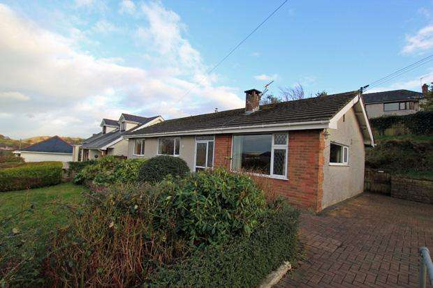 3 Bedrooms Detached Bungalow for sale in Penymorfa Lane, Carmarthen, Carmarthenshire