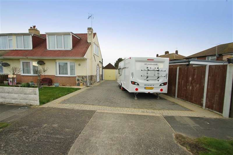 2 Bedrooms Semi Detached House for sale in Hereford Road, Holland-on-Sea