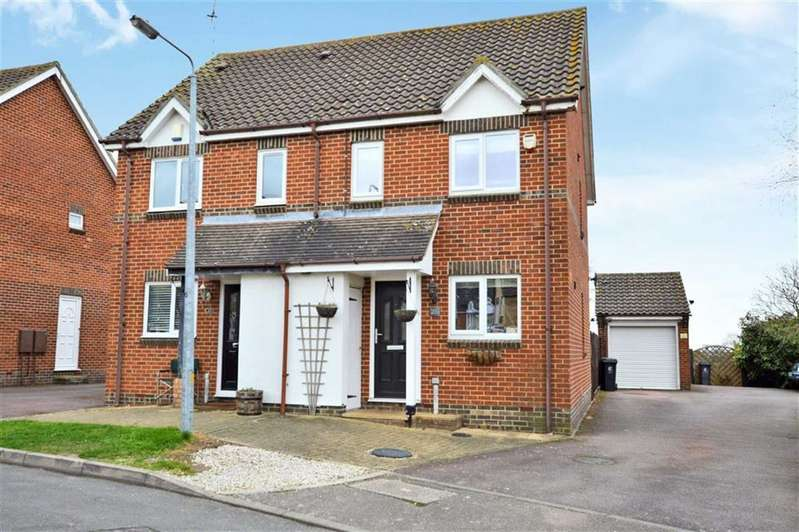 2 Bedrooms Property for sale in Brookfield, Thornwood