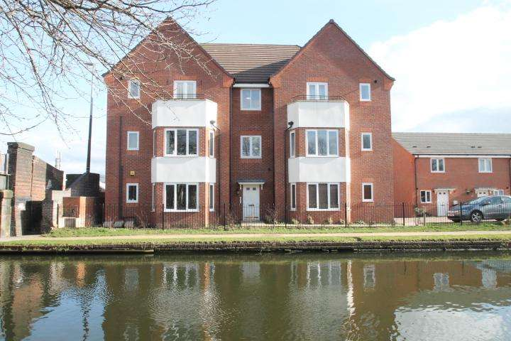 2 Bedrooms Apartment Flat for sale in Wharf Mews, Netherton, DY2