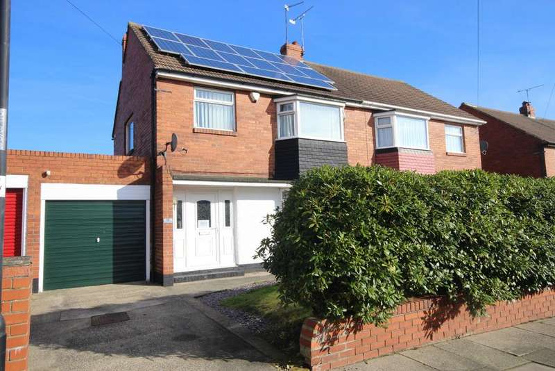 3 Bedrooms Semi Detached House for sale in Frankland Drive, West Monkseaton, Whitley Bay, NE25