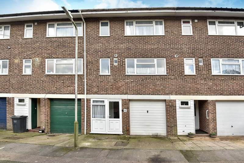 3 Bedrooms Town House for sale in Cobbett Close, East Malling