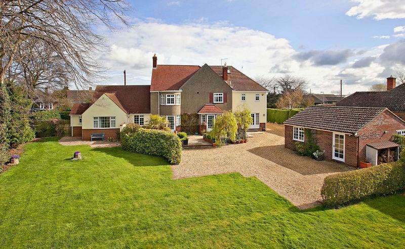 5 Bedrooms Detached House for sale in Oundle, PE8