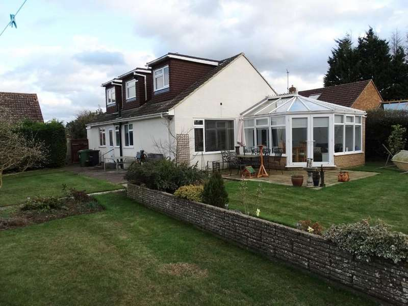 3 Bedrooms Detached House for sale in Staplehurst, Kent