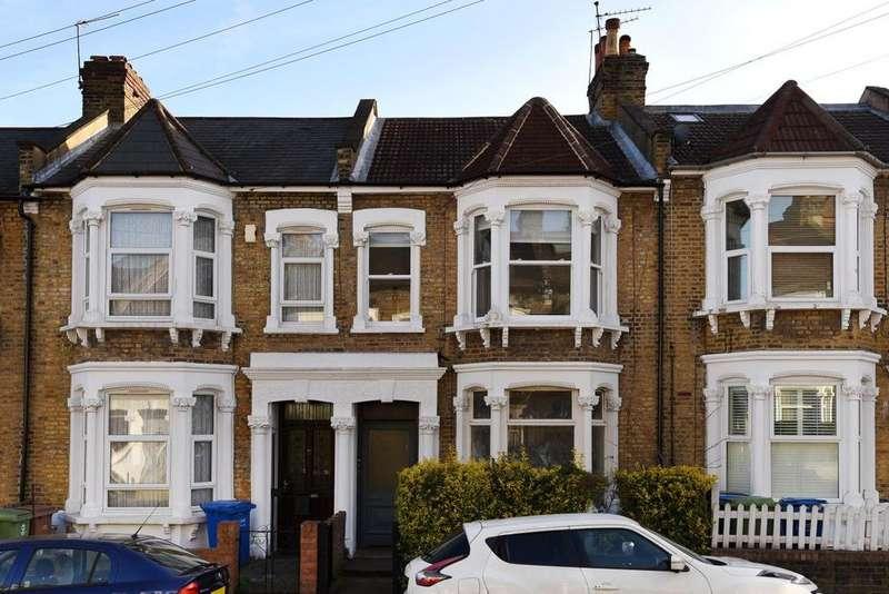 3 Bedrooms Flat for sale in Keston Road, Peckham Rye, SE15