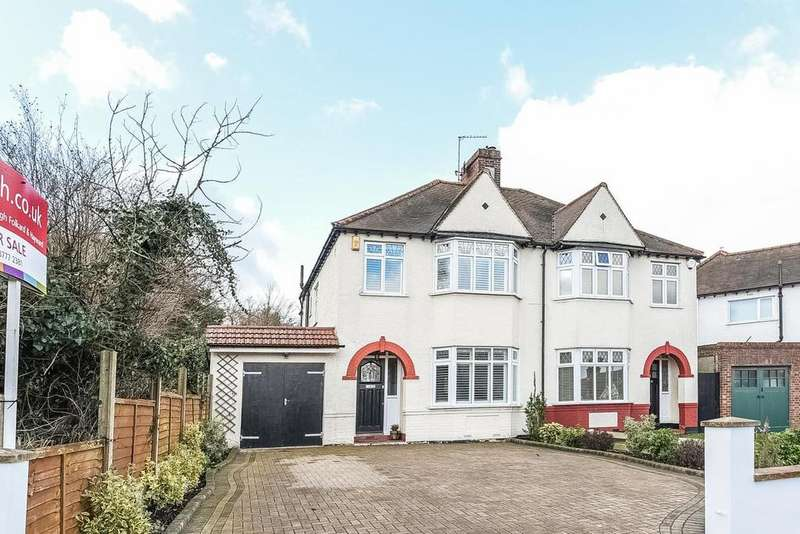 3 Bedrooms Semi Detached House for sale in Glebe Way, West Wickham, BR4