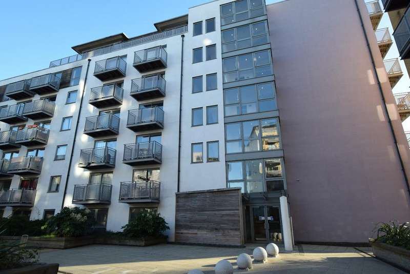 2 Bedrooms Flat for sale in Madison Building West Greenwich SE10