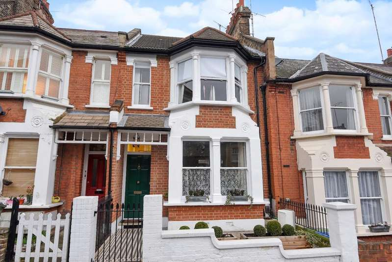 3 Bedrooms Terraced House for sale in Humber Road London SE3