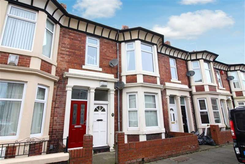 3 Bedrooms Maisonette Flat for sale in Cleveland Avenue, North Shields