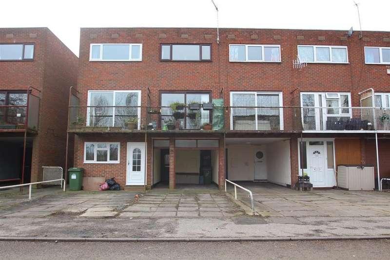 3 Bedrooms House for sale in Waterside, Peartree Bridge, Milton Keynes