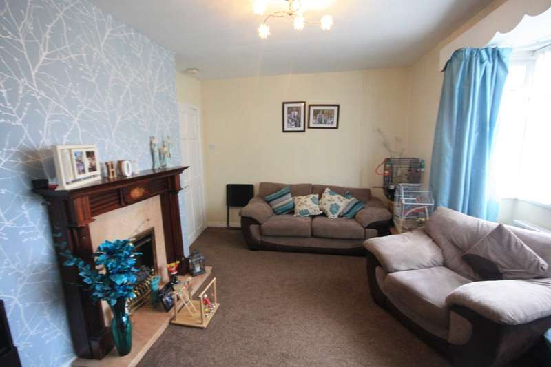 2 Bedrooms Flat for sale in Rooden Court, Park Street