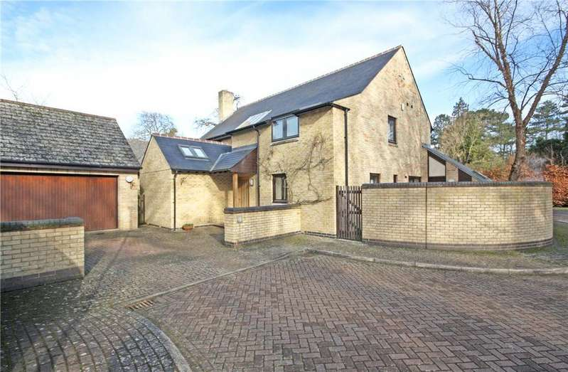 4 Bedrooms Detached House for sale in Chaucer Close, Cambridge, CB2