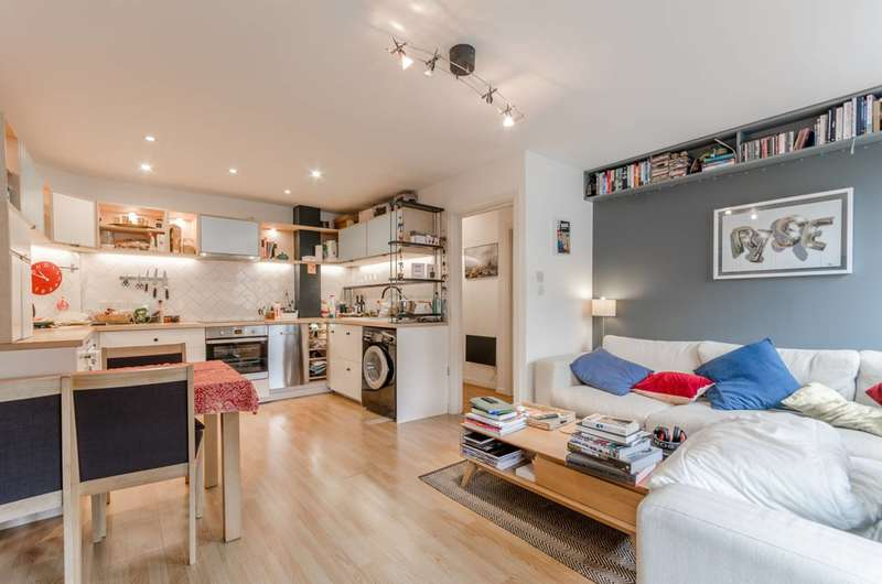 1 Bedroom Flat for sale in Horton Road, London Fields, E8