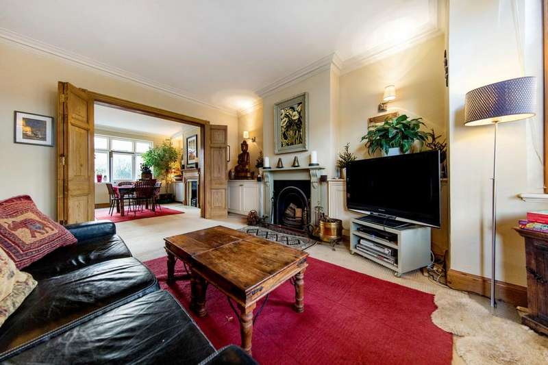5 Bedrooms Terraced House for sale in Westwell Road, SW16