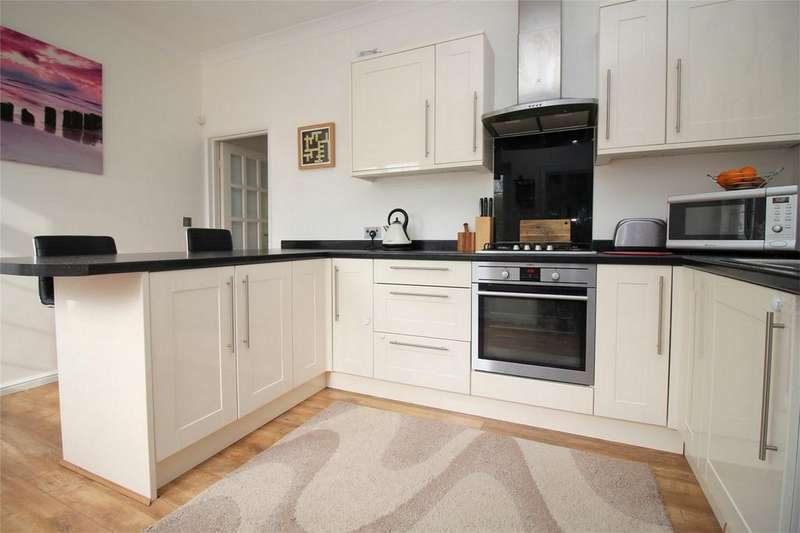 2 Bedrooms Cottage House for sale in Railway Cottages, Ellenbrook Lane, Hatfield, Hertfordshire