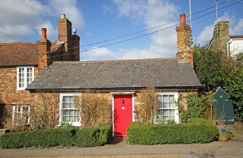 2 Bedrooms House for sale in The Street, Wittersham, Kent TN30 7ED