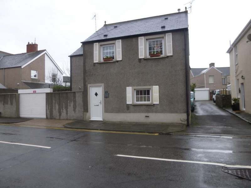 3 Bedrooms Detached House for sale in Fenton Place, Porthcawl CF36