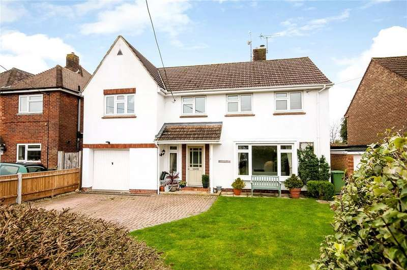 4 Bedrooms Detached House for sale in Olivers Battery Road South, Winchester, Hampshire, SO22