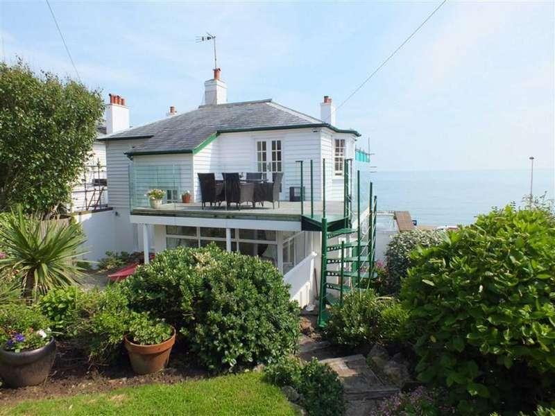 2 Bedrooms Semi Detached House for sale in Sunnyside Road, Sandgate, Kent, CT20