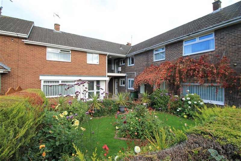 2 Bedrooms Apartment Flat for sale in Avon Close, Acton, Wrexham