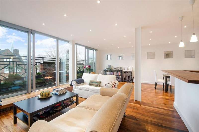 2 Bedrooms Penthouse Flat for sale in Waterloo Road, London, SE1