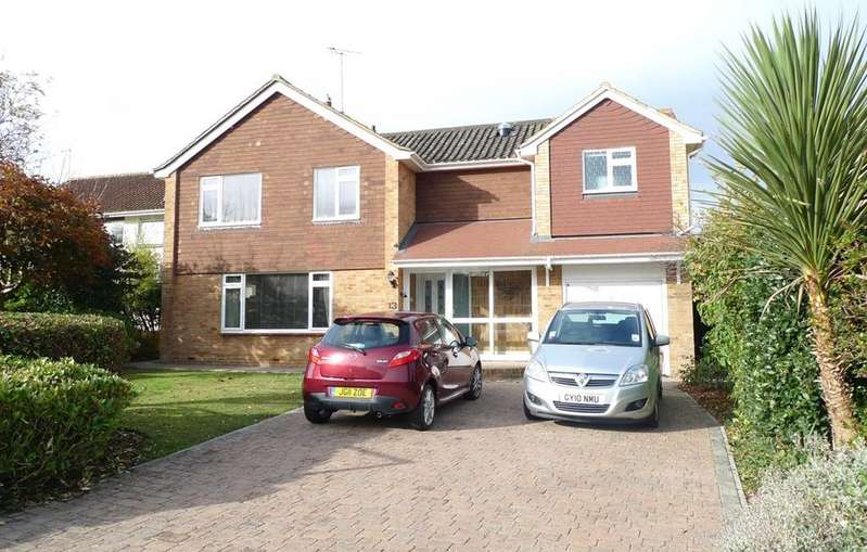 4 Bedrooms Detached House for sale in Paradise Close, Eastbourne, BN20
