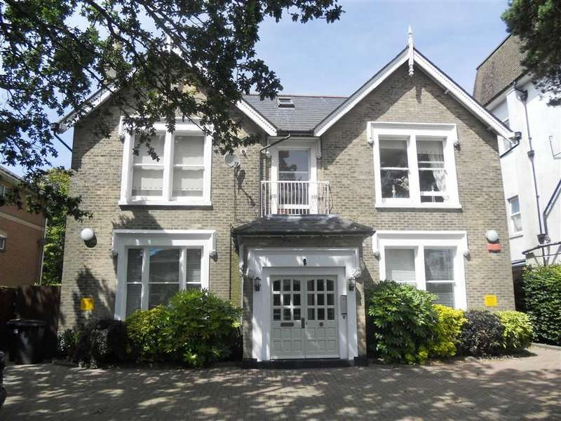 2 Bedrooms Flat for sale in Bramley House, East Cliff, BH1