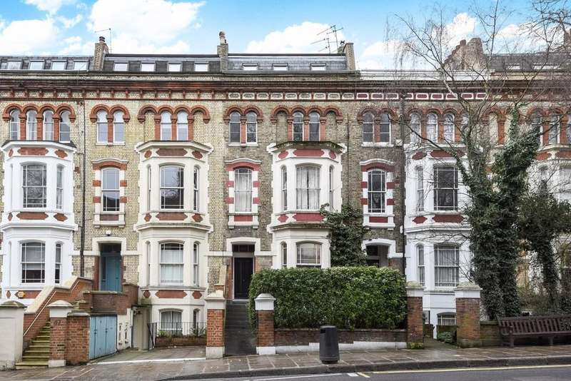 1 Bedroom Flat for sale in Rosslyn Hill, Hampstead, NW3
