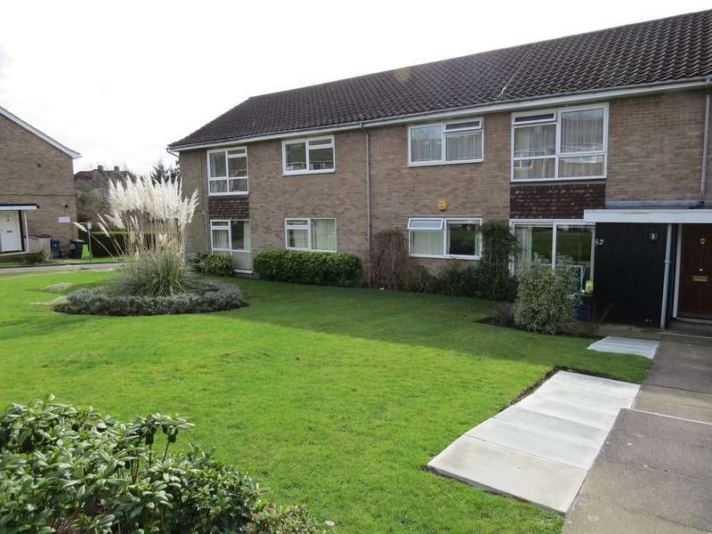 2 Bedrooms Maisonette Flat for sale in Heath View, East Finchley N2