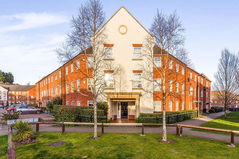 2 Bedrooms Flat for sale in F Larchmont Road, Leicester, LE4