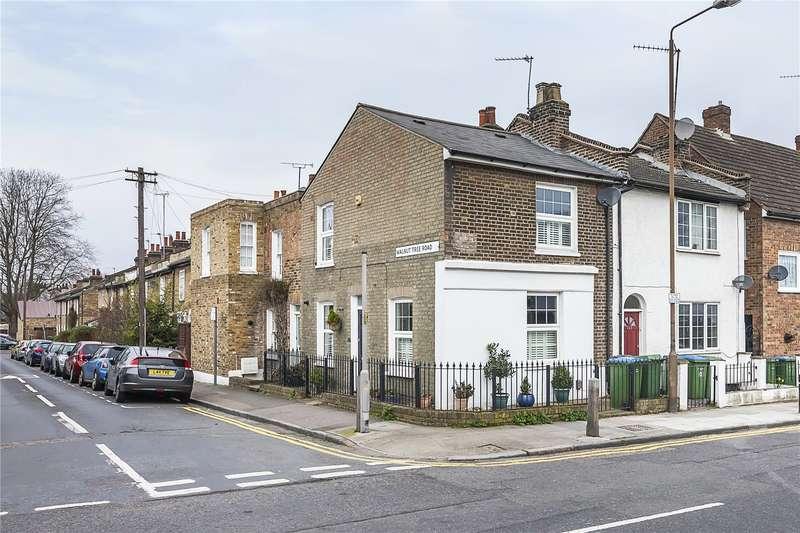 2 Bedrooms Terraced House for sale in Vanbrugh Hill, London, SE10